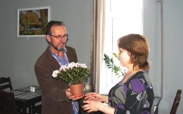 Проректор Академии Иван Ф. Скиртаченко поздравляет с Днем рождения Ольгу Волдаеву | Февраль 2018